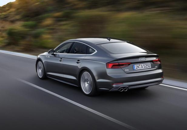 Audi A5 Sportback profilo posteriore