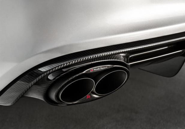 Audi Sport by Akrapovic terminale