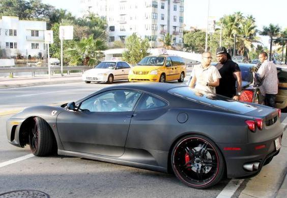 Le auto dei vip Justin Bieber Ferrari F430