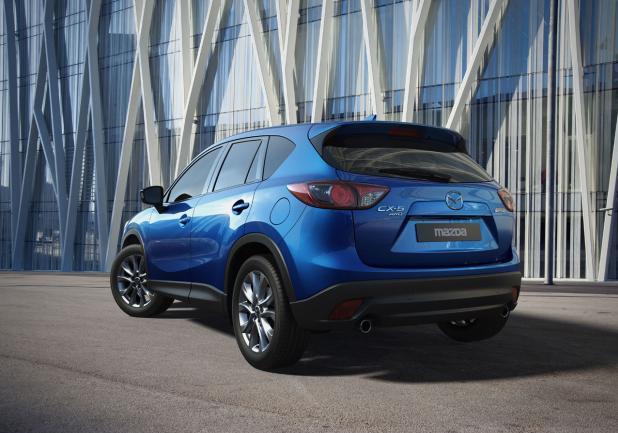 Mazda CX-5 tre quarti posteriore lato sinistro