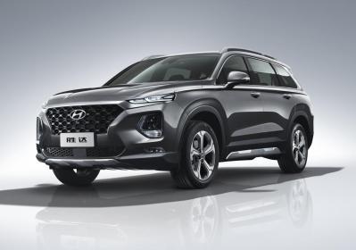 Hyundai Santa Fe: arriva il restyling per i 20 anni
