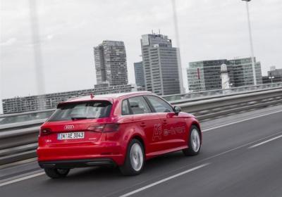 Audi A3 Sportback e-tron tre quarti posteriore