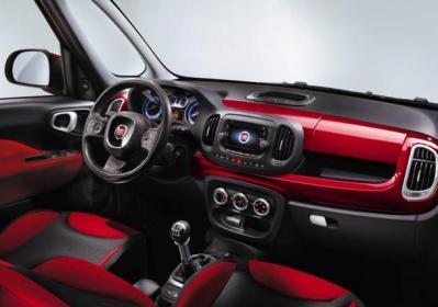 Fiat 500L interni