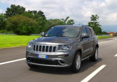 Jeep Grand Cherokee SRT tre quarti anteriore