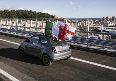 La nuova Fiat 500 attraverso il ponte Genova San Giorgio