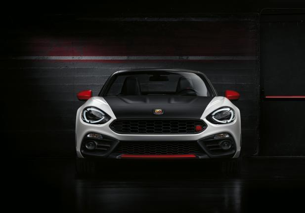 Abarth 124 Spider frontale