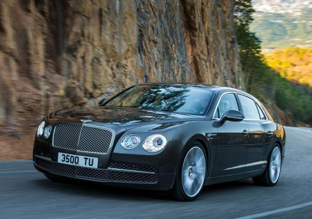 Bentley Continental Flying Spur restyling tre quarti anteriore