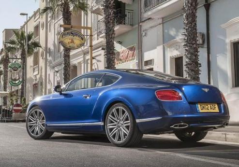 Bentley Continental GT Speed tre quarti posteriore lato sinistro