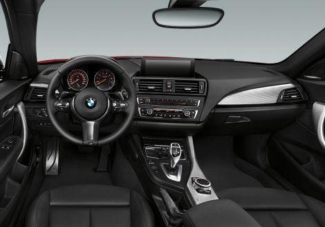 BMW 235i interni