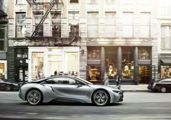 BMW i8 in movimento