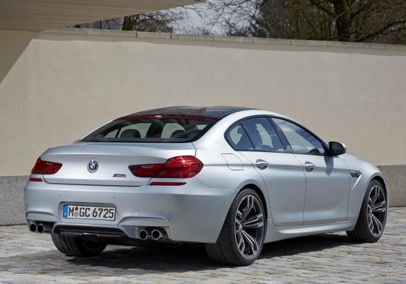 BMW M6 Gran Coupé con Competition Package tre quarti posteriore