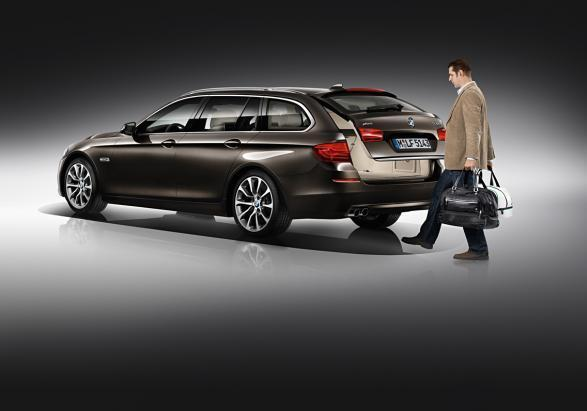 BMW Serie 5 Touring restyling apertura automatica portellone