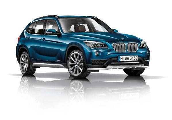 BMW X1 xDrive28i Midnight Blue metallic