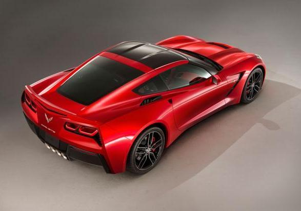 Chevrolet Corvette Stingray tre quarti posteriore