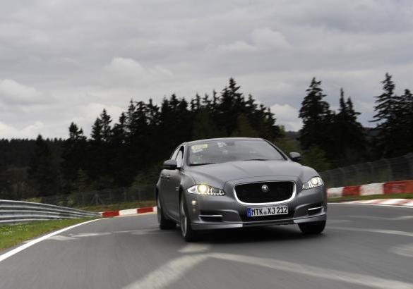 Jaguar XJ Supersport Ring-Taxi al Nurburgring