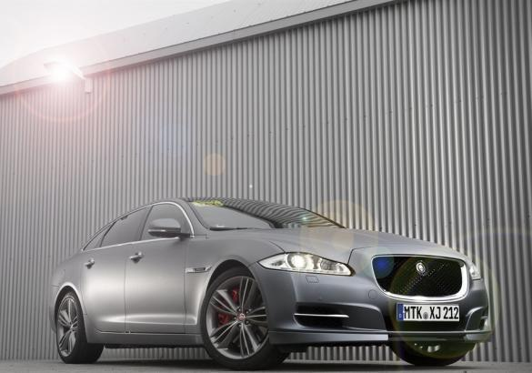 Jaguar XJ Supersport Ring-Taxi tre quarti anteriore