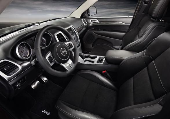 Jeep Grand Cherokee S Limited interni