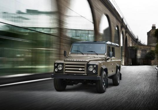Land Rover Defender 110 XTech Special Edition anteriore