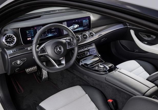 Mercedes Classe E Coupé interni