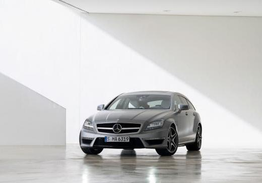 Mercedes CLS Shooting Brake 63 AMG anteriore