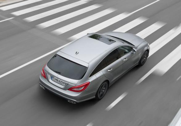 Mercedes CLS Shooting Brake 63 AMG tre quarti posteriore
