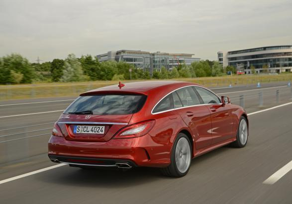 Mercedes CLS Shooting Brake restyling 2014 tre quarti posteriore