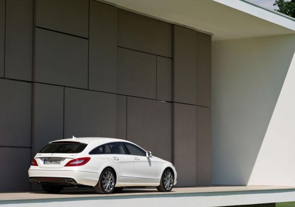 Mercedes CLS Shooting Brake tre quarti posteriore lato destro