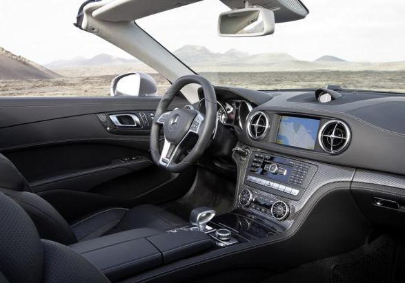 Mercedes SL 63 AMG 2012 interni 2