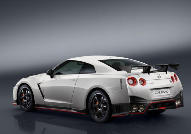 Nissan GT-R NISMO posteriore