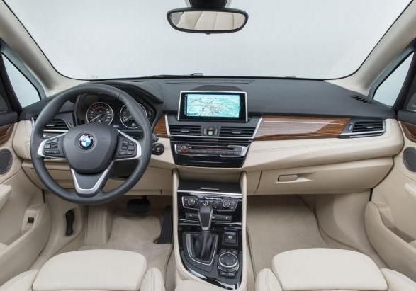 Nuova BMW Serie 2 Active Tourer interni