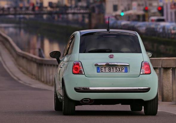Foto Nuova Fiat 500 Cult Posteriore Patentati