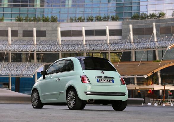 Foto Nuova Fiat 500 Cult Tre Quarti Posteriore Lato Sinistro Patentati