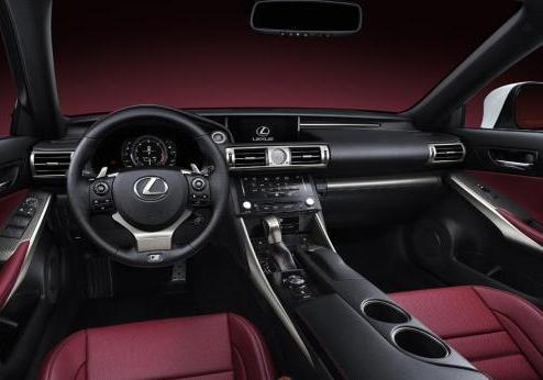Nuova Lexus IS 2013 interni