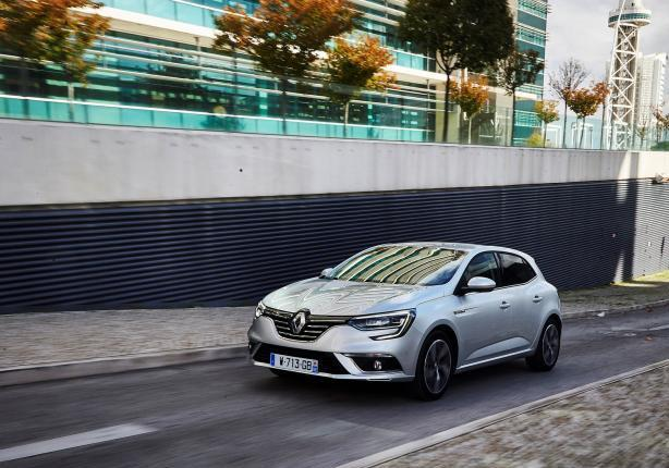 Nuova Renault Mégane in movimento