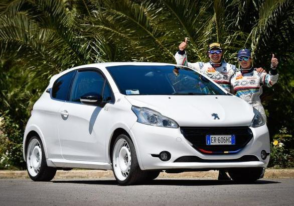 Peugeot 208 GTi ?One Off UcciUssi?