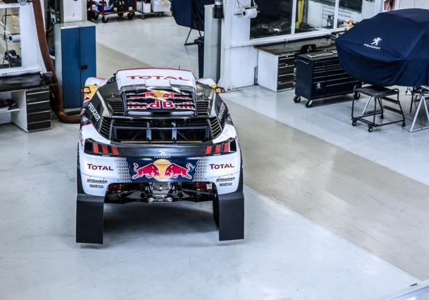 Peugeot 3008 DKR posteriore