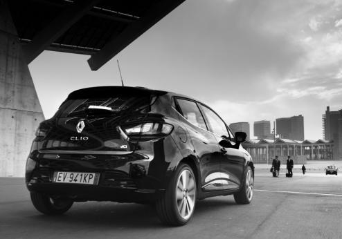 Renault Clio Costume National tre quarti posteriore