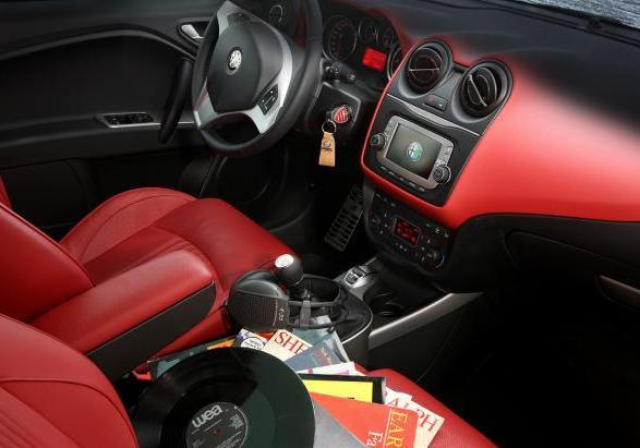 Talent TOP DJ Alfa Romeo MiTo interni