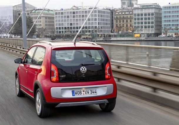 Volkswagen Cross Up! posteriore
