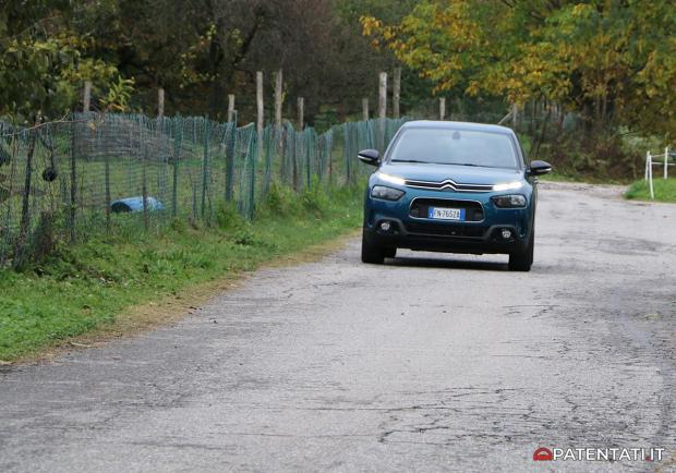 Citroen C4 Cactus 1.6 BlueHDi 100 Shine test drive