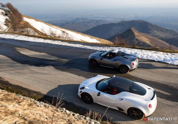 Alfa Romeo 4C Coupé vs 4C Spider confronto 2