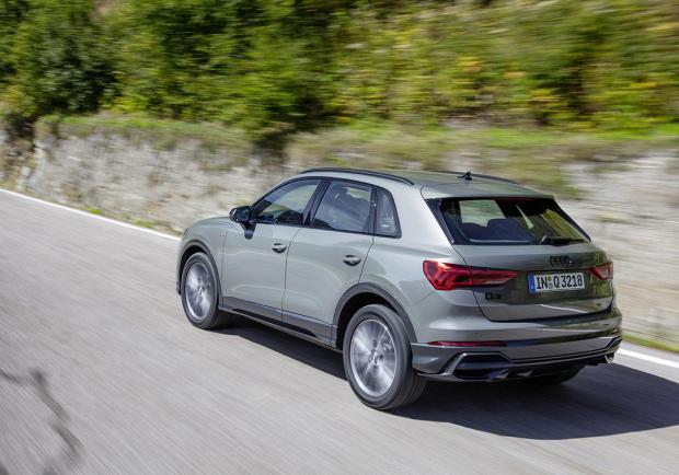Audi, nuove Q3 model year 2021 03