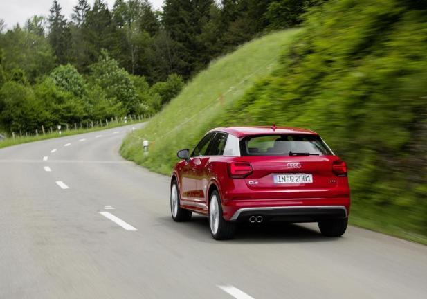 Audi q2 2 0 tdi prezzo e caratteritiche for Interno q2