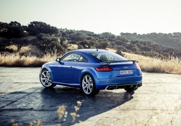 Audi TT RS coupe tre quarti