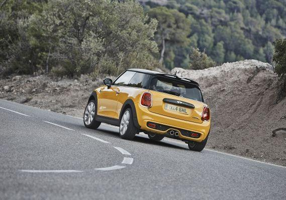 Auto guidabili dai neopatentati 2015 Mini