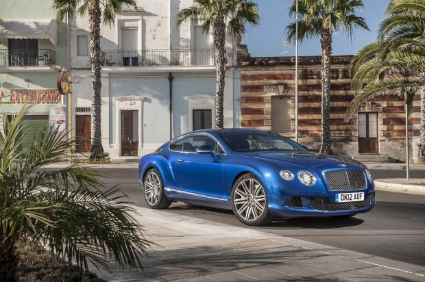 Bentley Continental GT Speed tre quarti anteriore lato destro