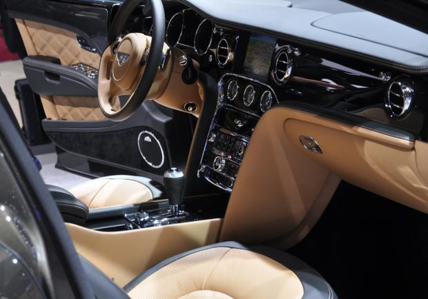 Bentley Mulsanne Speed interni al Salone di Parigi 2014