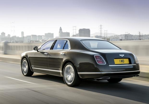 Bentley Mulsanne Speed tre quarti posteriore