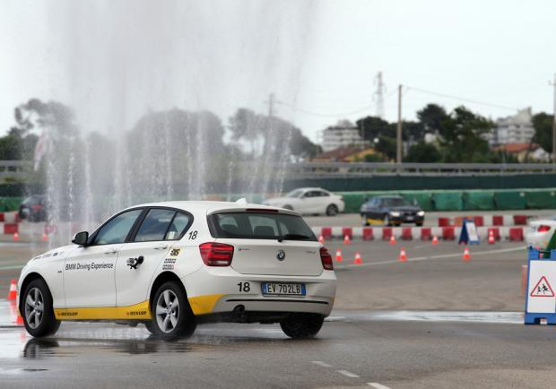 BMW Driving Experience evitamento ostacolo