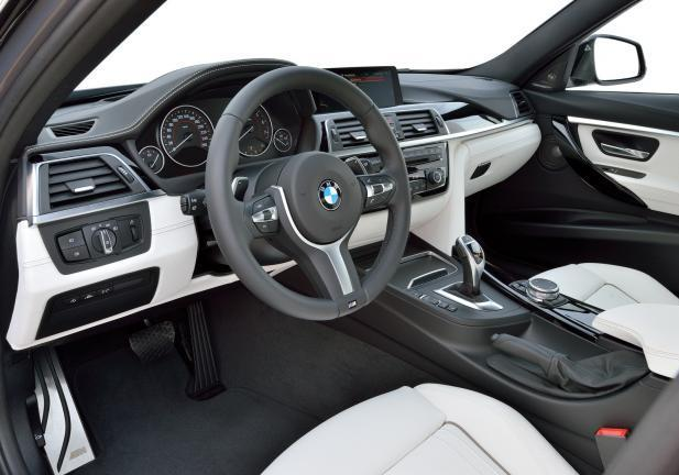 BMW Serie3 2015 interni